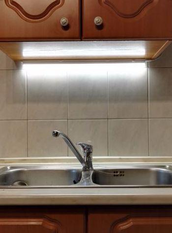 120cm-es komplett LED pultvilágító lámpa természetes fehér