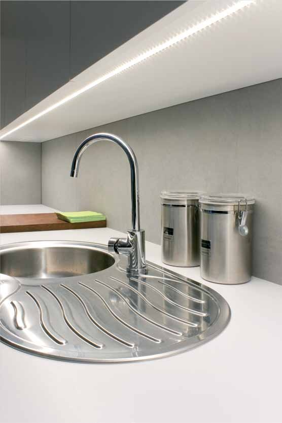 Alumínium profil süllyeszthető, marható 10mm-es LED szalaghoz