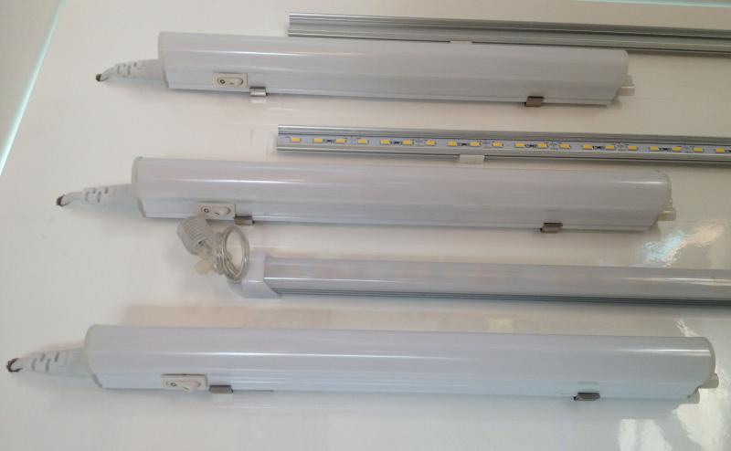 4W LED konyhai pultvilágítás 30cm-es természetes fehér