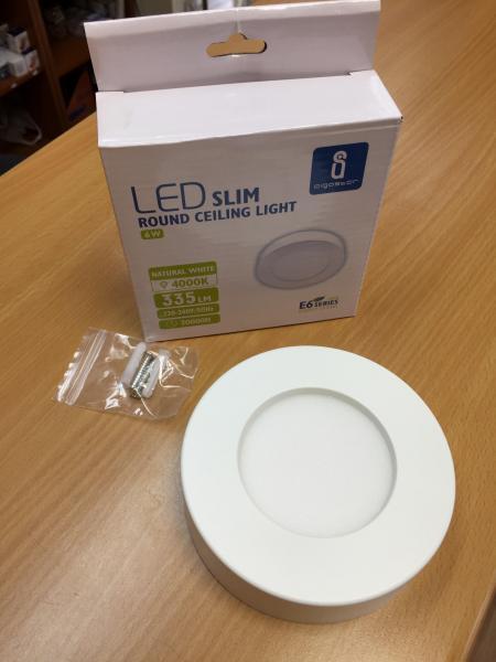 6W LED mennyezeti lámpa falon kívüli kerek meleg fehér