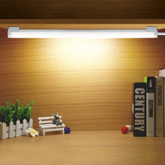 LED fénycsövek és armatúrák