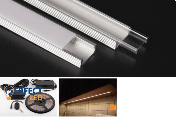 36W 3 méteres konyhapult világítás csomag. Meleg fehér, méterenként 60 leddel. IP65