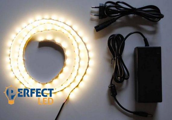 1m meleg fehér hangulatvilágítás 3528 60led/m beltéri LED szalag szett
