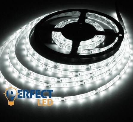 4,8W/m LED szalag hangulatvilágítás 60 led/m 3528 kültéri IP65 hideg fehér