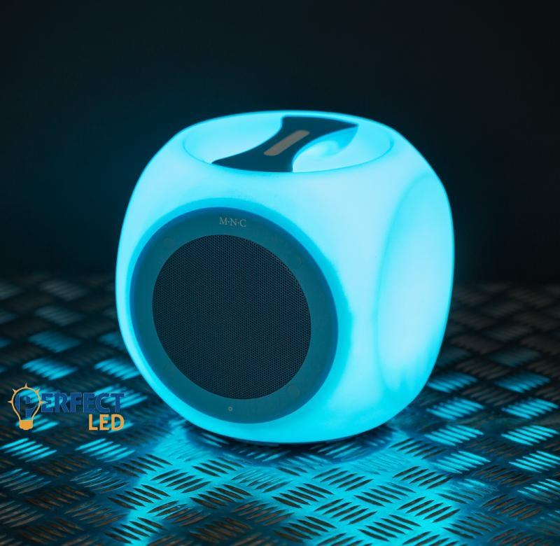 Bluetooth hangszóró - vízálló, hordozható, színváltós